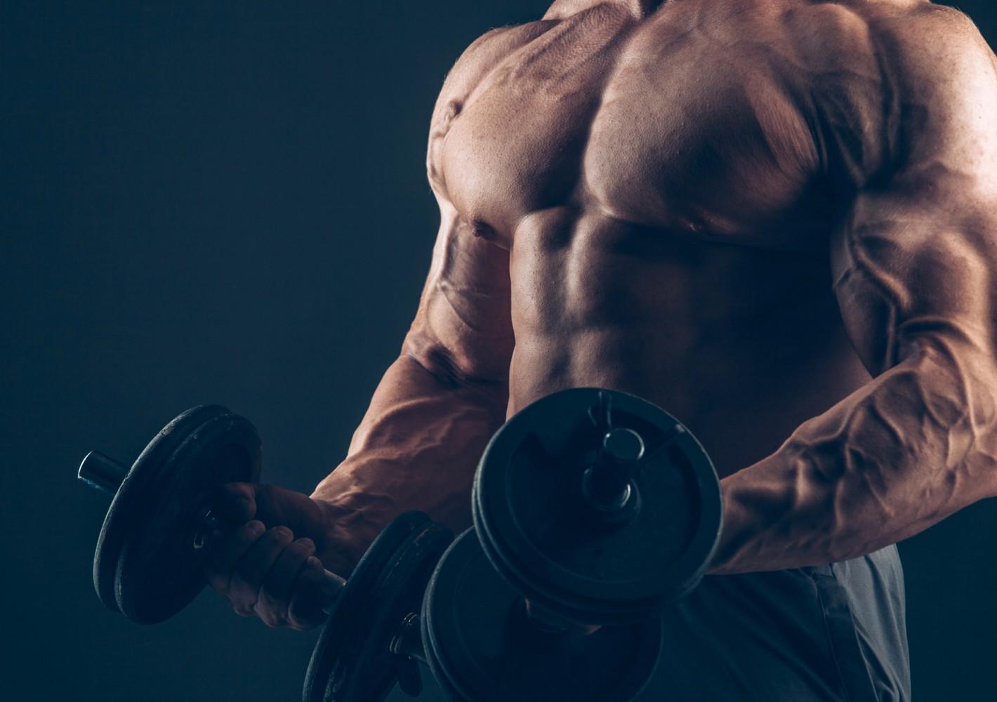 4-jakoinen lihasmassan kasvatusohjelma