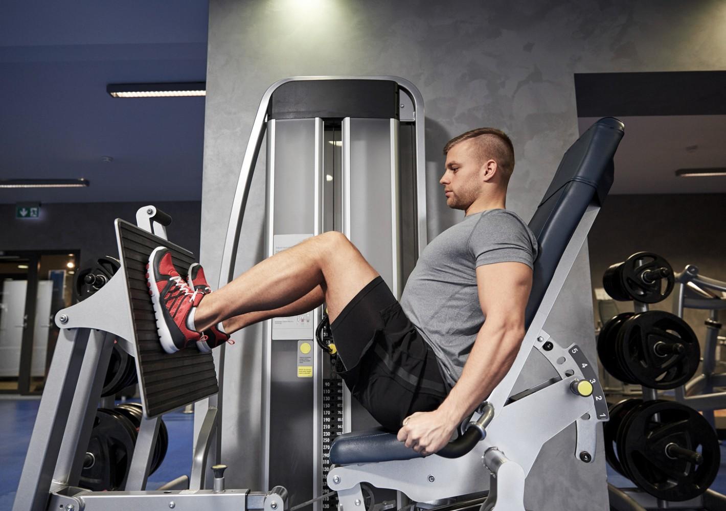 Juoksijan voimatreeni salille (jalkoihin painottuva)