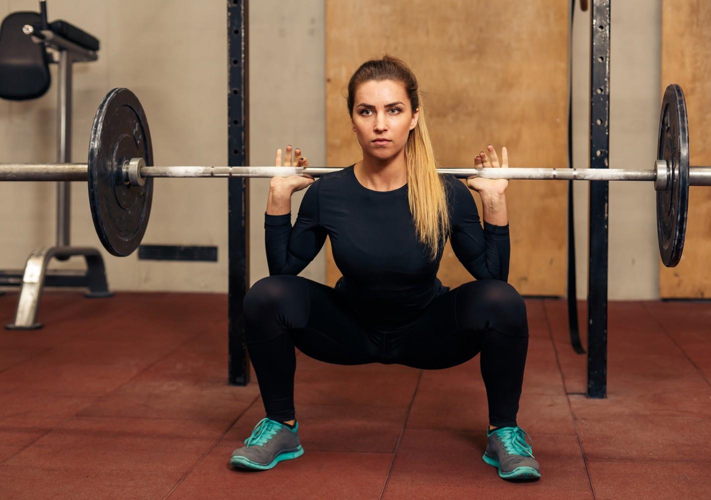 1-jakoinen lihasmassaa kasvattava ohjelma (sis. saliohjelman, kehonhuolto-ohjelman ja viikkosuunnitelman)